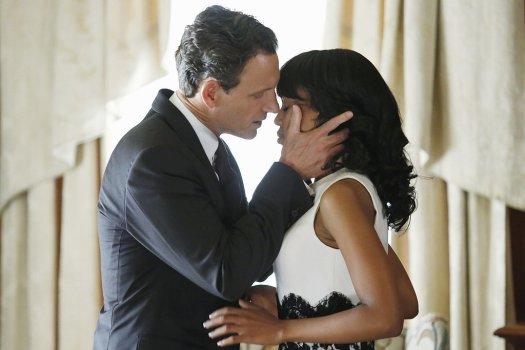 Olivia-Fitz-Steamiest-Sex-Scenes-Scandal